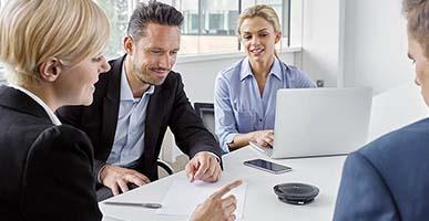 3 dòng micro họp trực tuyến giá rẻ