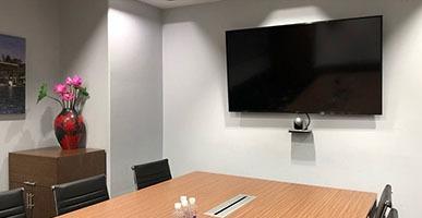 Giá thiết bị hội nghị truyền hình Polycom
